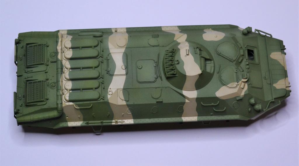 BTR 70 1/35 TRUMPETER . Dsc_0273