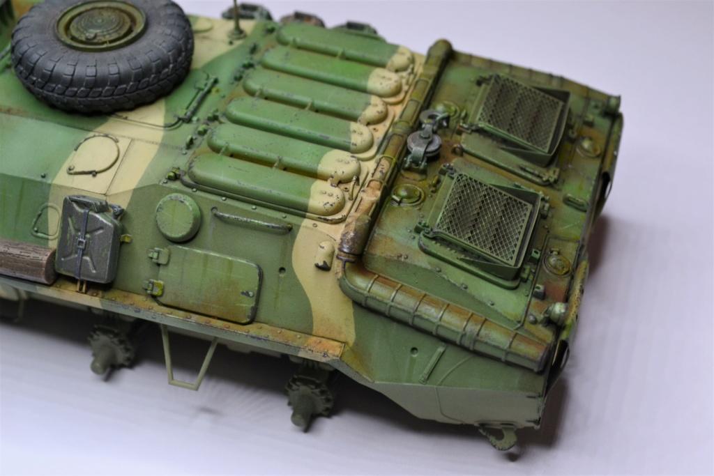 BTR 70 1/35 TRUMPETER . Dsc_0359