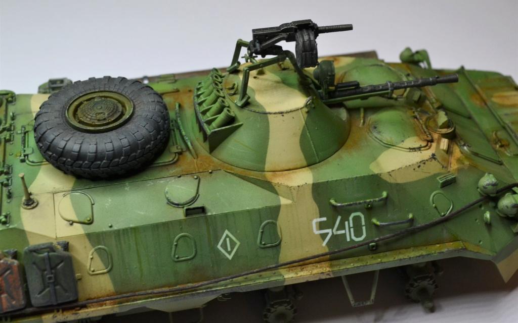 BTR 70 1/35 TRUMPETER . Dsc_0363