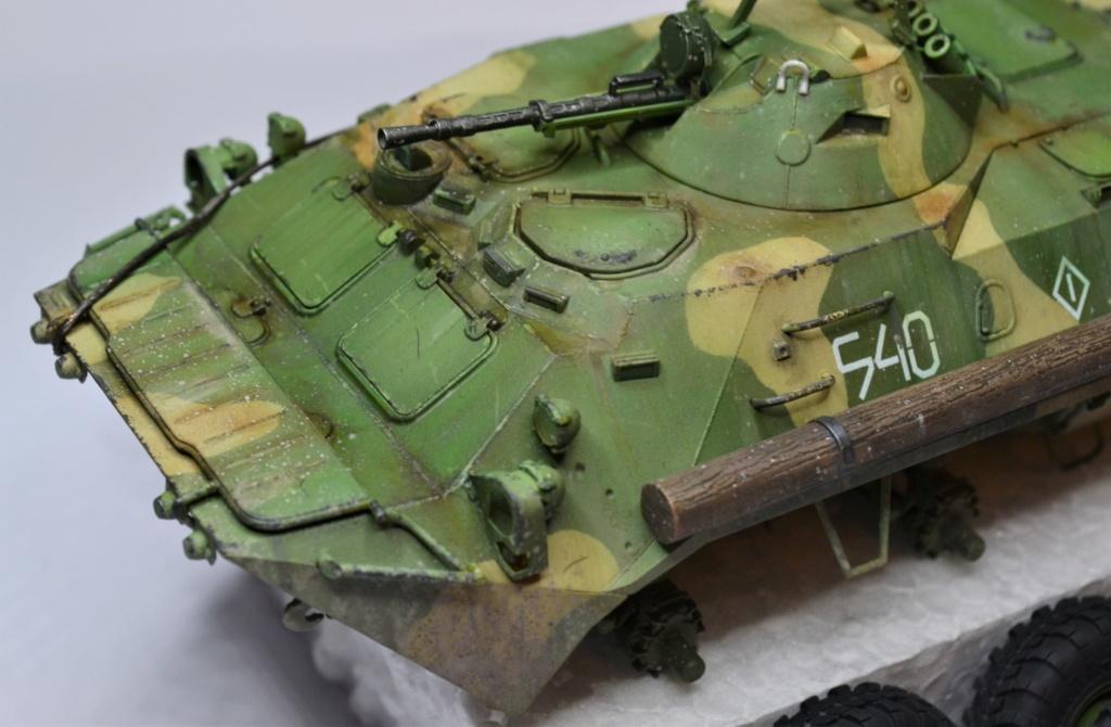 BTR 70 1/35 TRUMPETER . Dsc_0369
