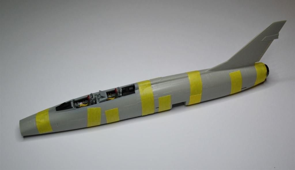 Super Sabre F-10 F 1/72 Trumpeter Dsc_0373