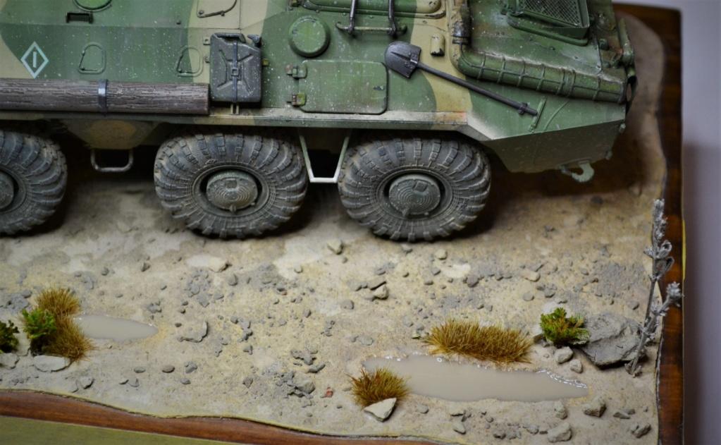 BTR 70 1/35 TRUMPETER . - Page 2 Dsc_0375