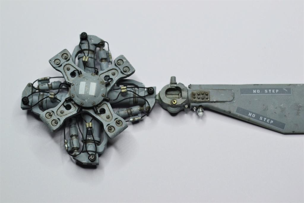 Seahawk MH60 S 1/35 ACADEMY. Dsc_0547