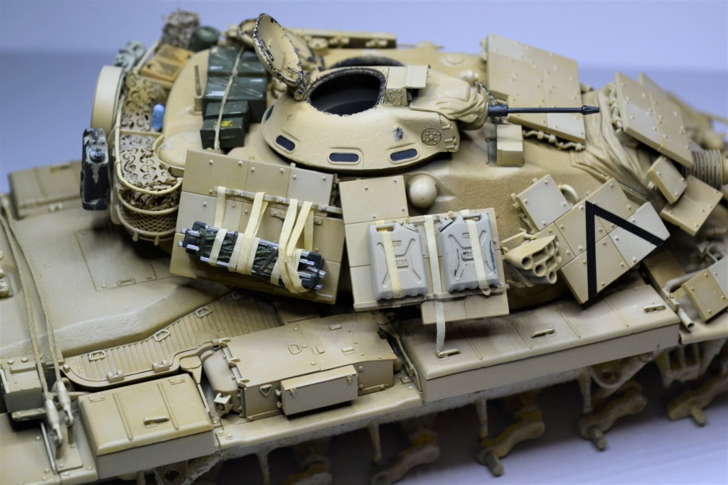 M60 A1 TAKOM 1/35 - Page 2 Iliuil10
