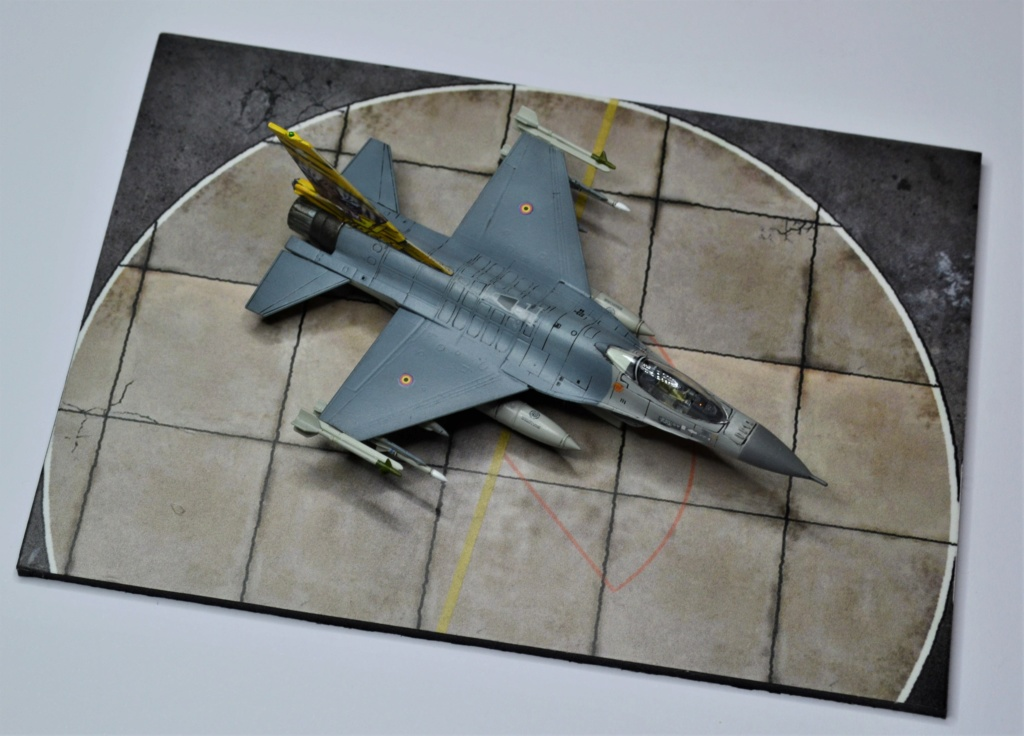 Duo de F16 MLU 1/144 Revell. Ozoiju10