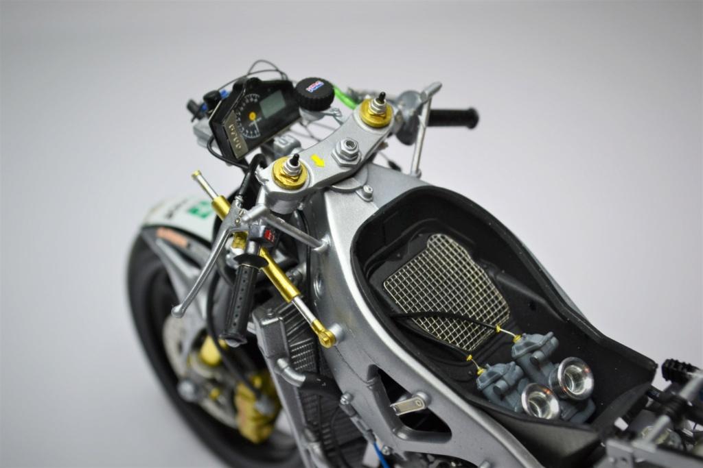 Honda RS 250 RW 1/12 Hasegawa.+ details set de Top Studio . Rgrgr11