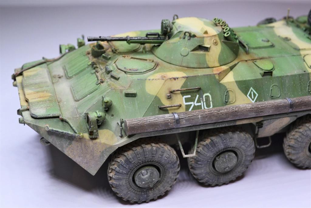 BTR 70 1/35 TRUMPETER . - Page 2 Thgtrh10