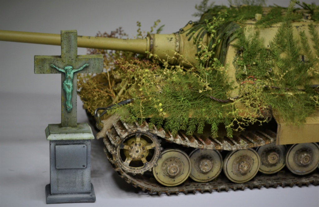 JAGDTIGER 1/35 Dragon Porsche production type - Page 18 Thrtht10