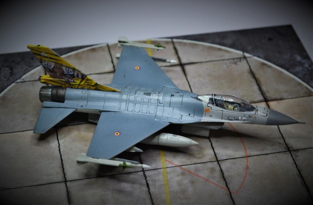 Duo de F16 MLU 1/144 Revell. Uuyyu10