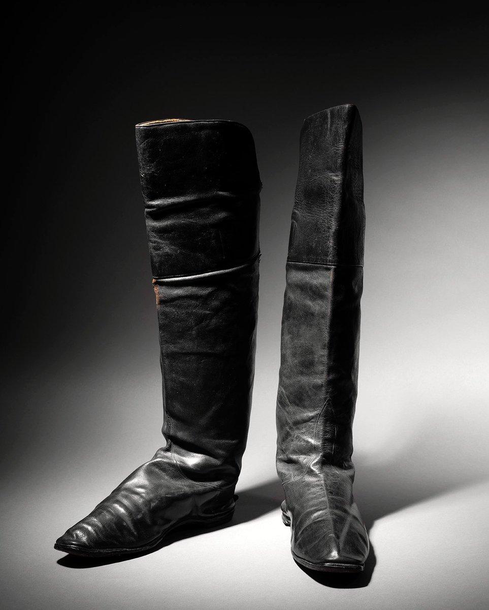 une paire de bottes portées par Napoléon à vendre à Drouot (Paris). Eixun610