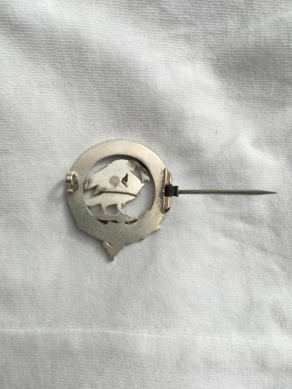 """silver badge with motto """"Quaesitum  meritis""""....  -   Tarporley Hunt Club,  D5b8e610"""