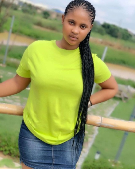 Scammer With Photos Of Thelma Nkwocha 1607