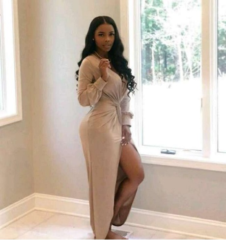 Scammer With Photos Of Angel Love Davis 1j215
