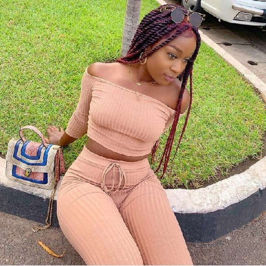 Scammer With Photos Of Efia Odo 674