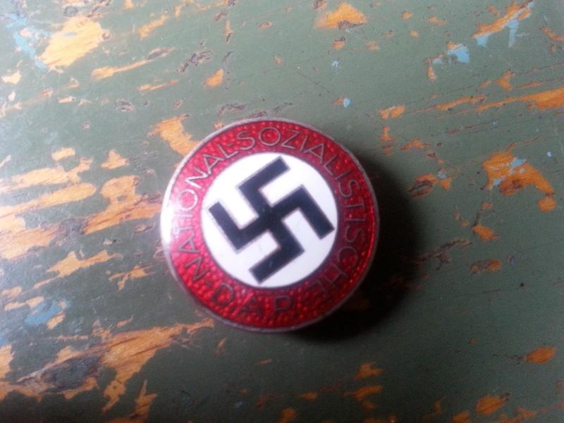 Badges du NSDAP - Page 2 E5af4e10