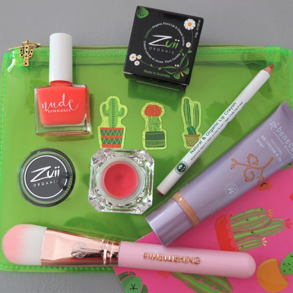 Blushybag 100% make up - Page 2 Blushy10