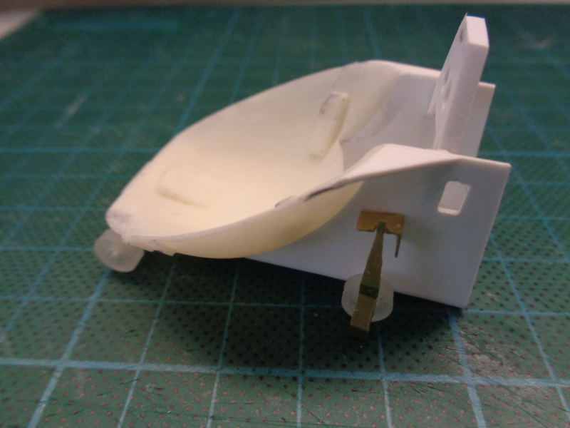 Russian gunboat Bk 1124 au 1/20e sur plan - Page 3 Dsc00936
