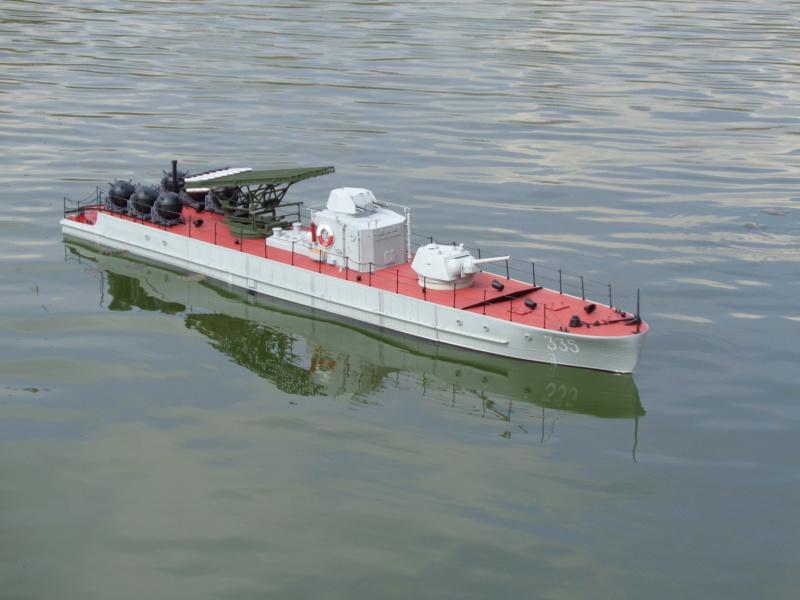 Russian gunboat Bk 1124 au 1/20e sur plan  - Page 10 Dsc01432