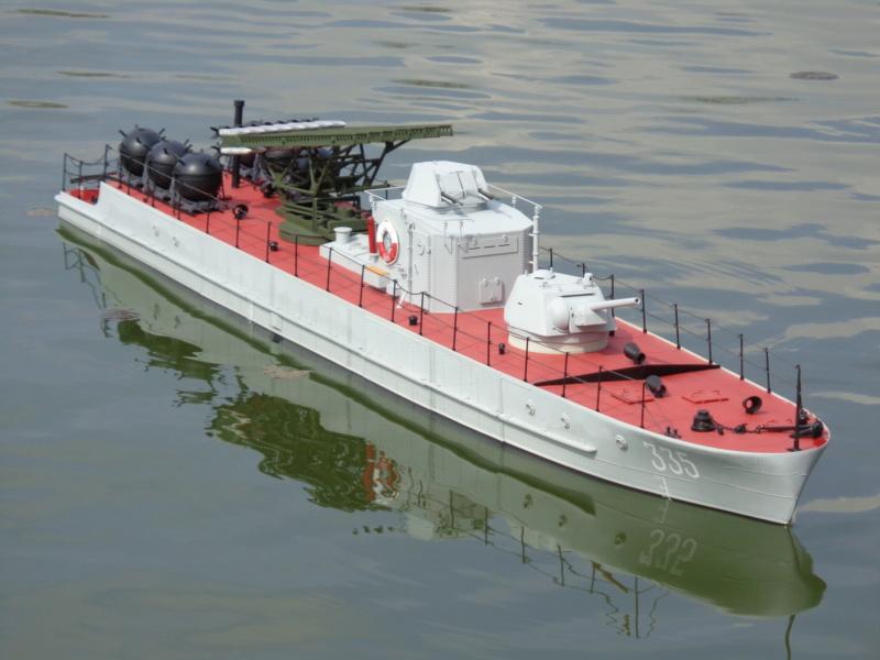 Russian gunboat Bk 1124 au 1/20e sur plan  - Page 10 Dsc01433