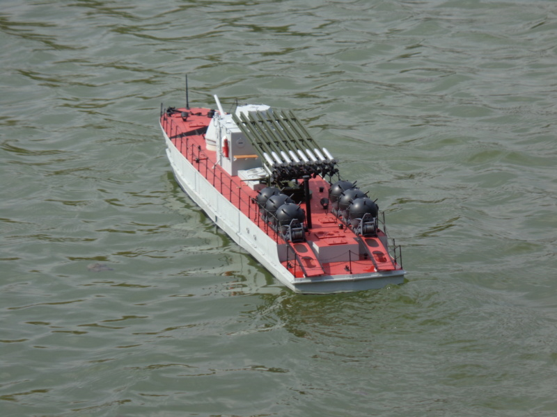 Russian gunboat Bk 1124 au 1/20e sur plan  - Page 10 Dsc01435