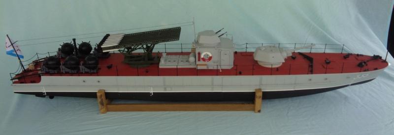 Russian gunboat Bk 1124 au 1/20e sur plan - Page 5 Dsc02114