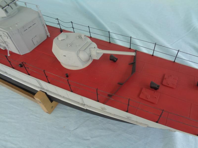 Russian gunboat Bk 1124 au 1/20e sur plan - Page 5 Dsc02118