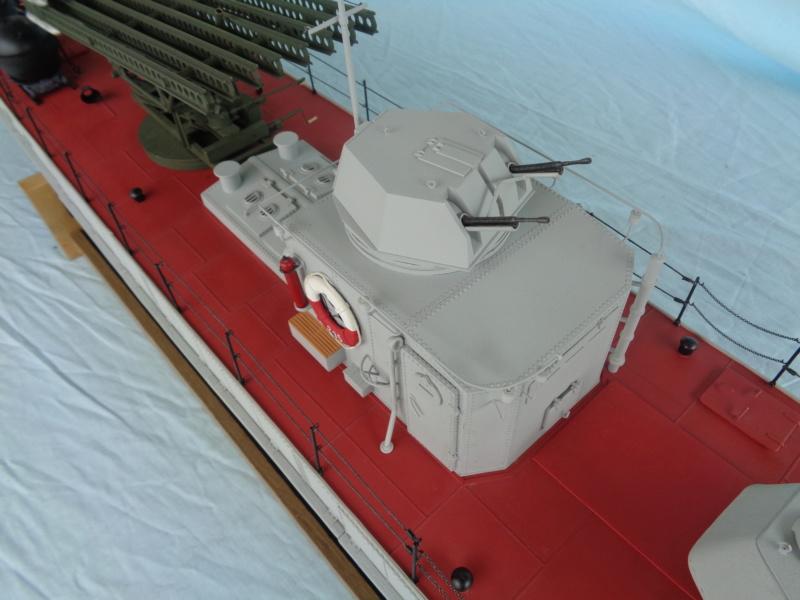 Russian gunboat Bk 1124 au 1/20e sur plan - Page 5 Dsc02124