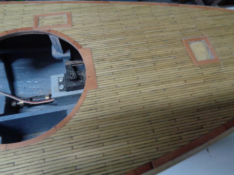 SMS Monarch cuirassé austro-hongrois au 1/65e sur plan - Page 2 Dsc03212