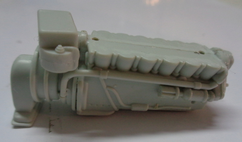 Spitfire Mk 22/24 - Revell 1/32e  Dsc03836