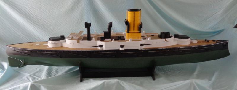 SMS Monarch cuirassé austro-hongrois au 1/65e sur plan - Page 7 Dsc04758