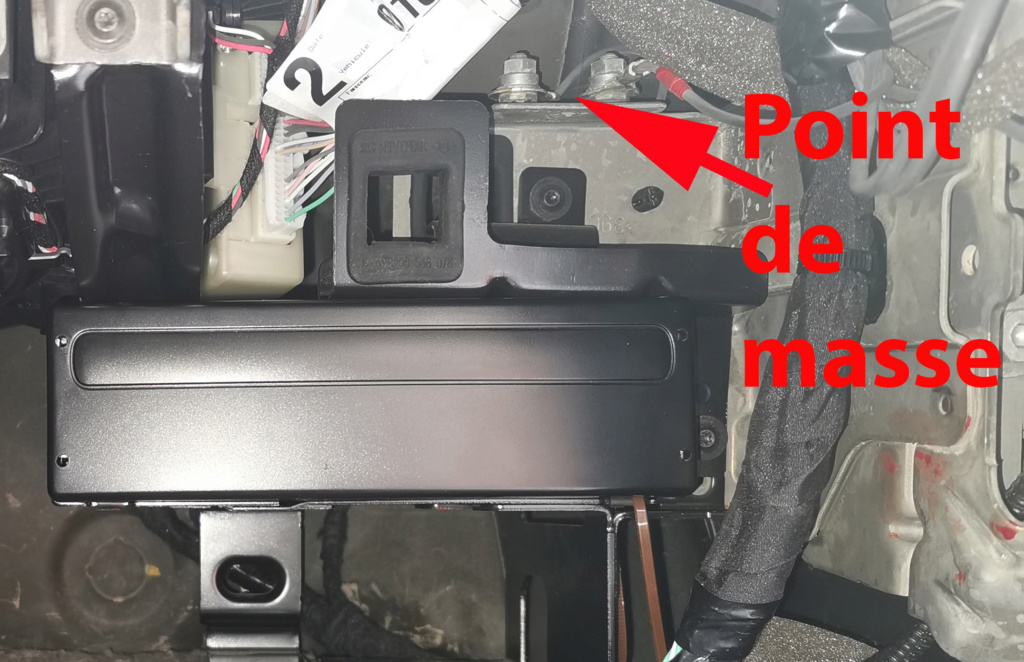 [Tuto] installer un ampli externe par RCA sur un autoradio CABASSE Point_11