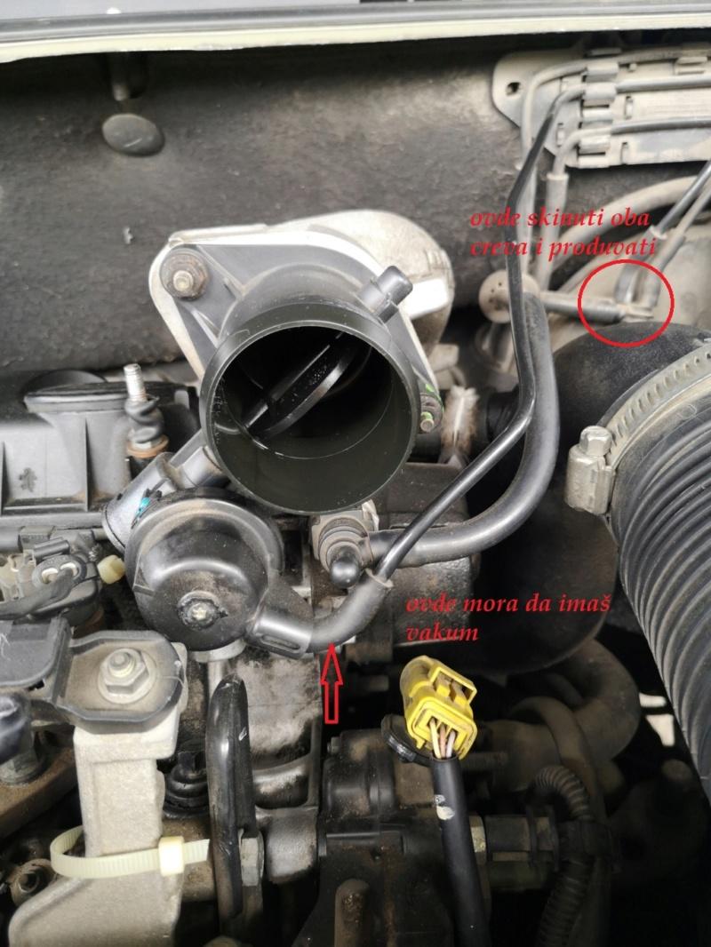 Čiscenje klapne gasa c5 2.0 HDI 2002 Img_2025