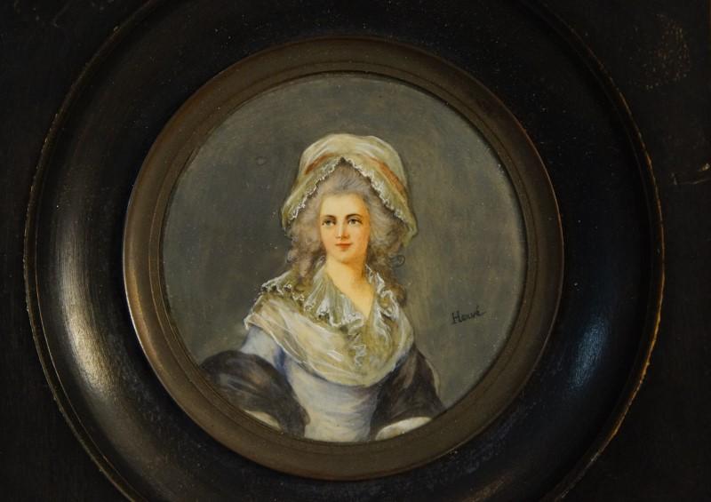A vendre: miniatures de Marie Antoinette? - Page 7 14026610