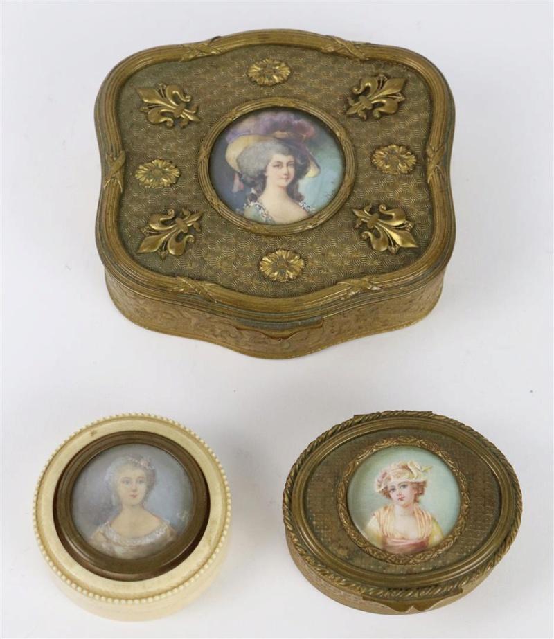 A vendre: miniatures de Marie Antoinette? - Page 7 15372810