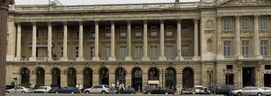 L'hôtel du Plessis-Bellière et l'hôtel l'hôtel Cartier Automo11