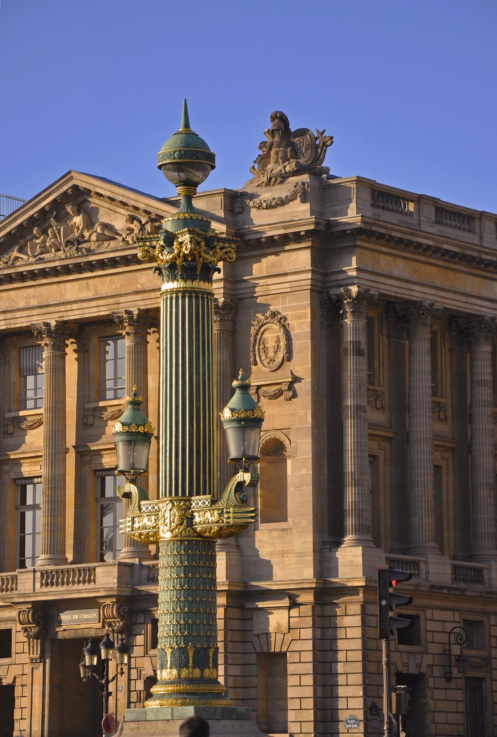 L'hôtel de Crillon et son Salon Marie-Antoinette Hc3b4t11