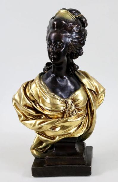 A vendre: bustes Marie Antoinette - Page 10 Zzzz215