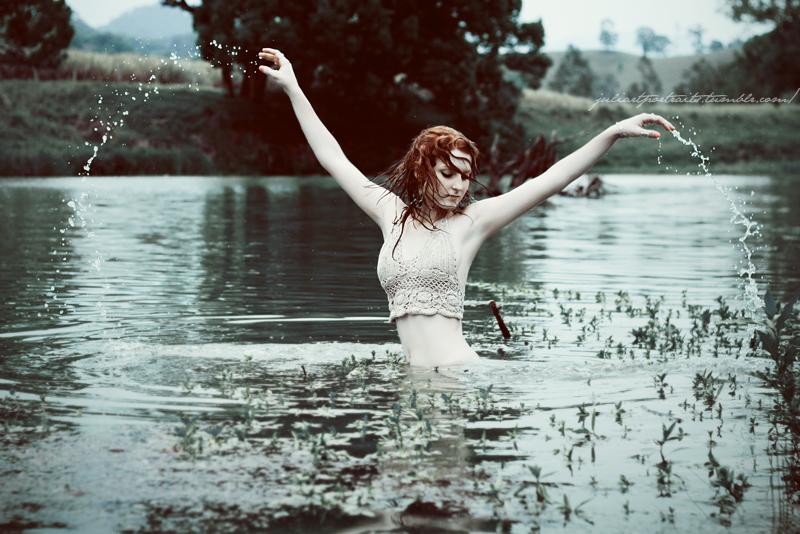 Anessa, la dama del lago. Lady_o10