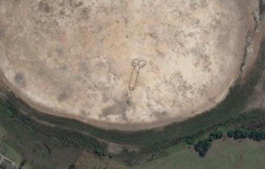 谷歌地圖上看到的,有人可以解釋一下是怎麼回事嗎? Spacdi10