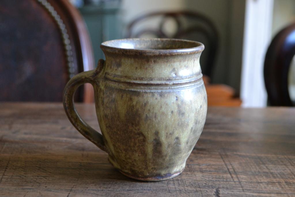 Incised Mark on Stoneware Mug? Dsc_0411