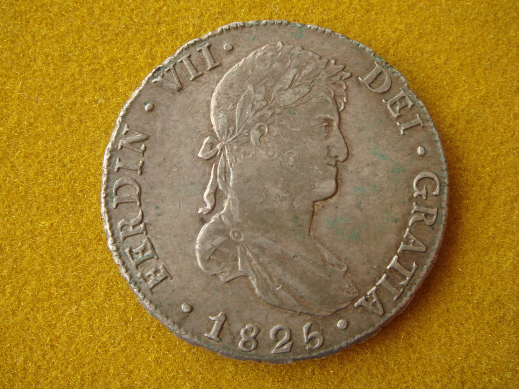 8 reales 1825. Fernando VII. Potosí. El duro republicano a nombre de Fernando VII Dsc00414