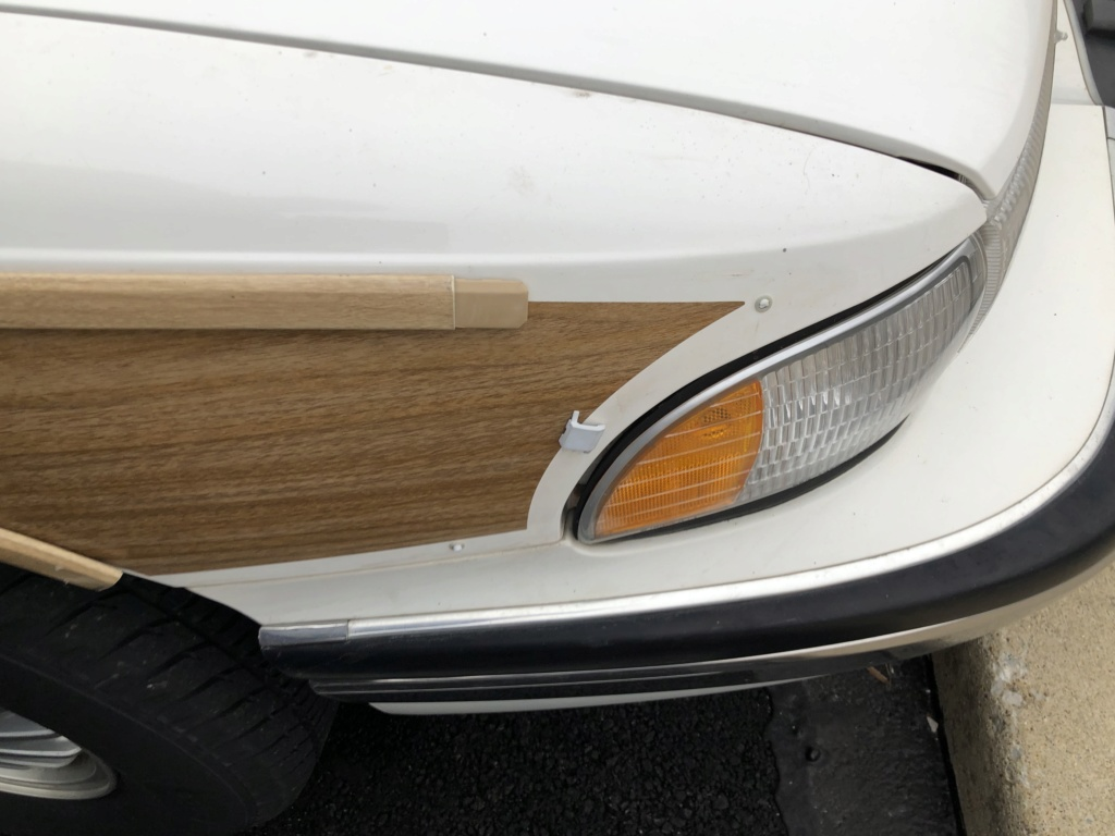 Molding Roadmaster Wagon 374da610