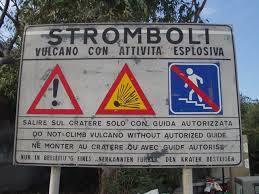 In volo sopra lo Stromboli  0948bd10