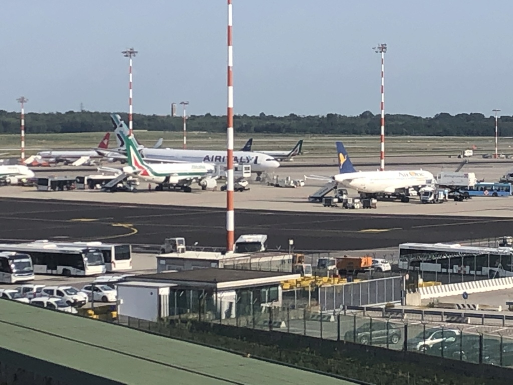 Alitalia in stato fallimentare info: - Pagina 9 Aa10e810