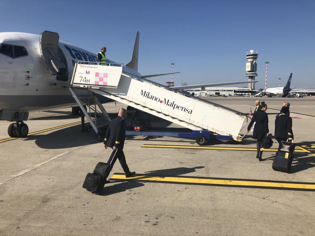 WL Airitaly/Tayaranjet 2019 C8d33d10