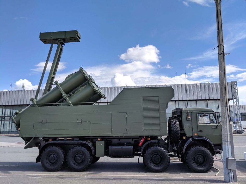نظام الدفاع الساحلي Bal و الرادر Monolith علي مركبات KamAZ الجديدة  Img_ee10