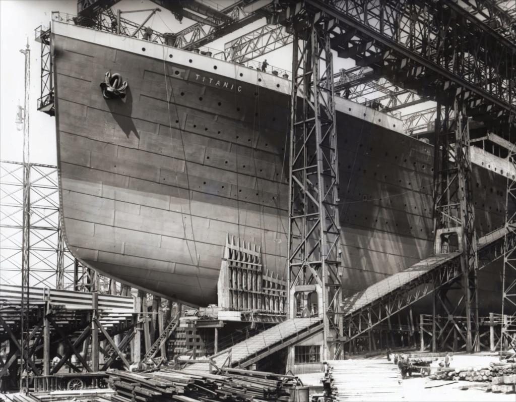 titanic - Academy Titanic 1:400 - Pagina 2 Foto_t10