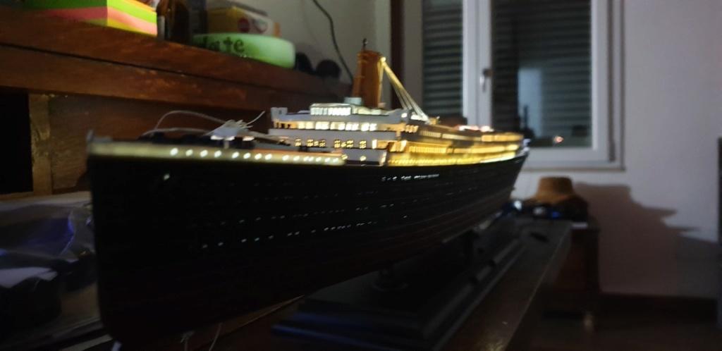 Academy Titanic 1:400 - Pagina 3 Luci710