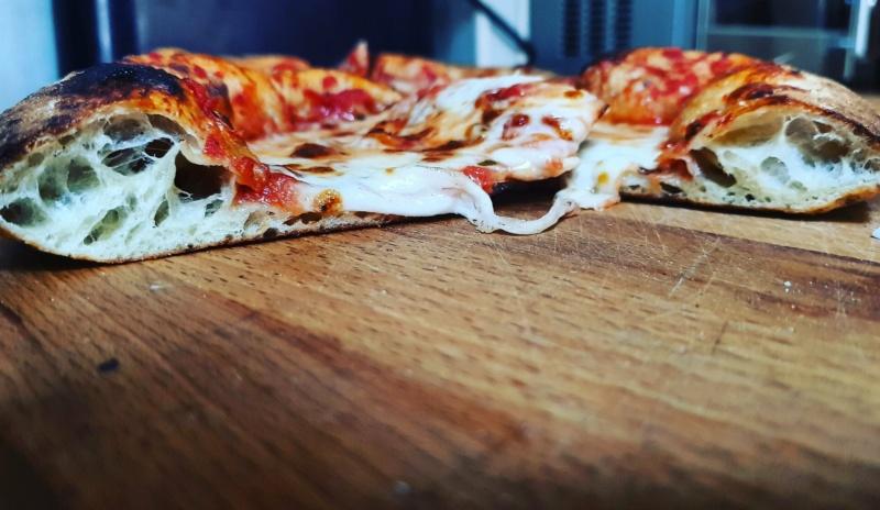 Photos alvéolage pizzas  - Page 10 Img_2036