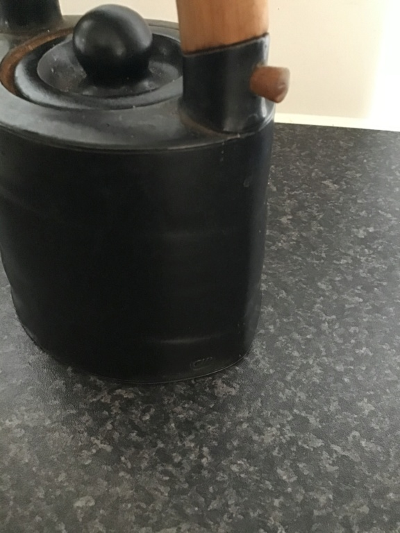 Who made this teapot?  Chris Weaver made it. F1020010